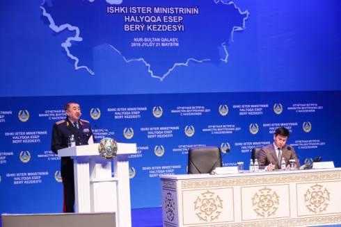 В Казахстане патрульные авто оснастят спецсредствами для спасения людей
