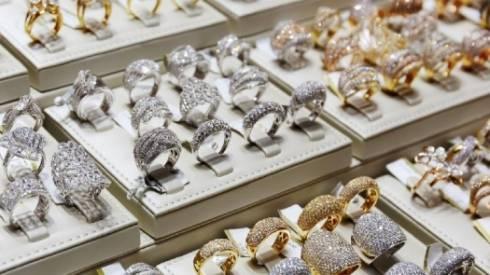 Ювелирные магазины в РК отказываются от золота