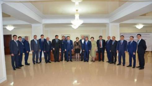 Сенаторы провели в Карагандинской области заседание по проблемам тюрем