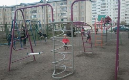 Новая детская площадка на Голубых прудах