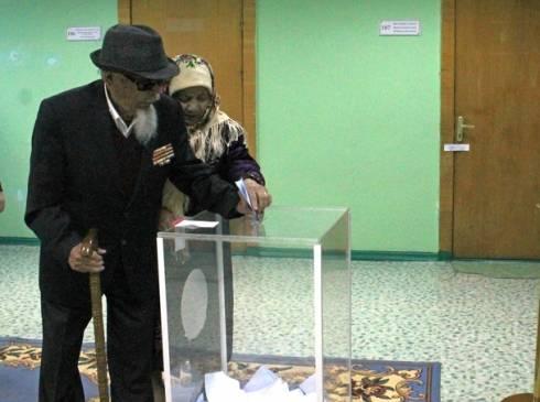 Один из старейших жителей Караганды принял участие в выборах Президента Казахстана