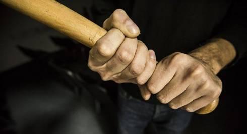 Стонал и хрипел: житель Сарани до смерти забил соседа по квартире