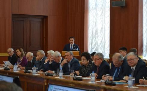 Что поможет развитию бизнеса в этом году, рассказал аким Карагандинской области Женис Касымбек