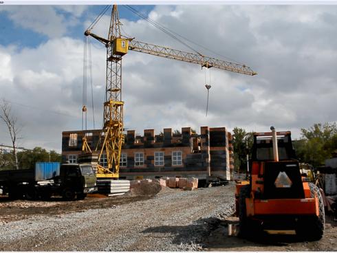 В Темиртау в декабре завершится строительство поликлиники по поручению Елбасы