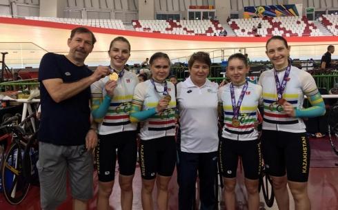 Велогонщики из Караганды завоевали первые медали на чемпионате Азии