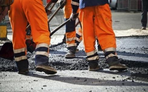 В Караганде в этом году на ремонт дорог потратят более 2,5 миллиардов тенге