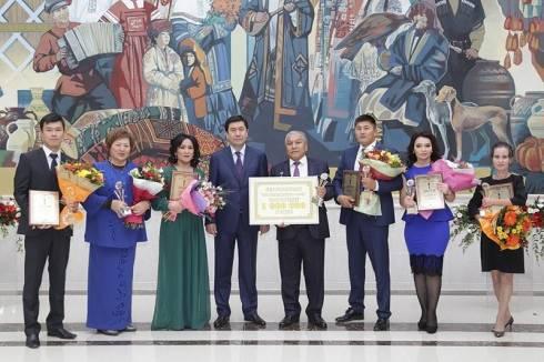 За вклад в развитие государственного языка награждены жители Караганды