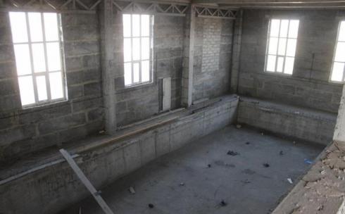 В Пришахтинске идёт активное строительство ФОКа с бассейном