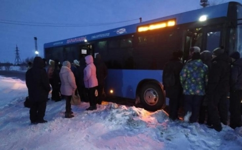 Не уехать на работу: шахтинцы пожаловались на движение автобуса №121