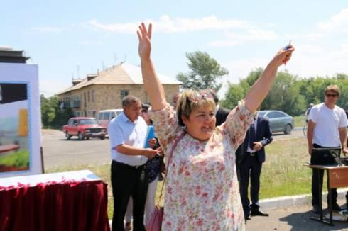 Жители Нуринского района отметили новоселье