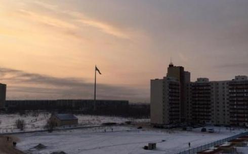 В Караганде по причине непогоды снят главный флаг