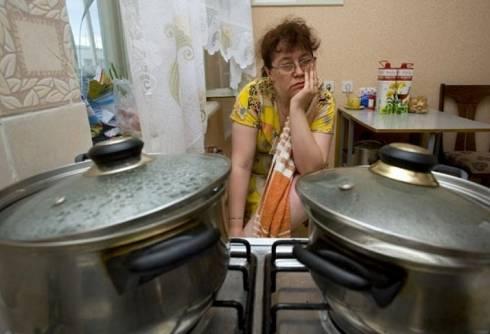 В Караганде назвали адреса, где горячей воды не будет до осени