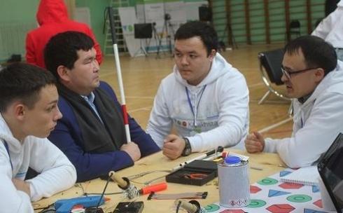 В Караганде мейкеры начали работу по созданию прототипов для людей с ограниченными возможностями