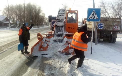 Почти 40 тысяч кубометров снега убрали за четыре дня с улиц Караганды