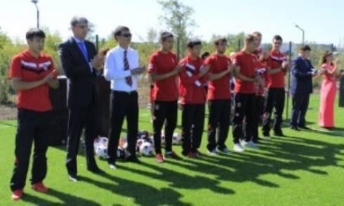 Футболисты «Шахтера» приняли участие  в открытии сквера Независимости в Шахтинске