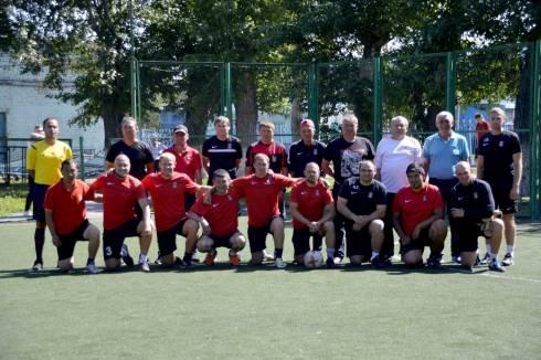 В Караганде состоялся товарищеский матч между ветеранами ФК «Шахтер»