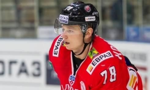 «Сарыарка» расторгла контракт с хоккеистом спустя неделю после его подписания